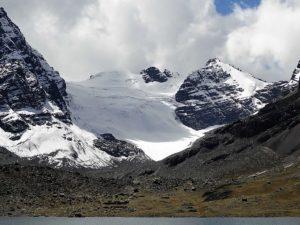 Glacier menant au Pico Tarija vu depuis le campement